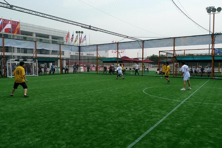 移动式街式足球场地设施